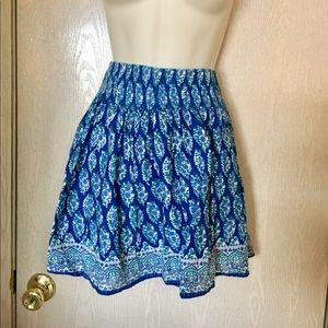 American Eagle floral lined mini skirt - S/P